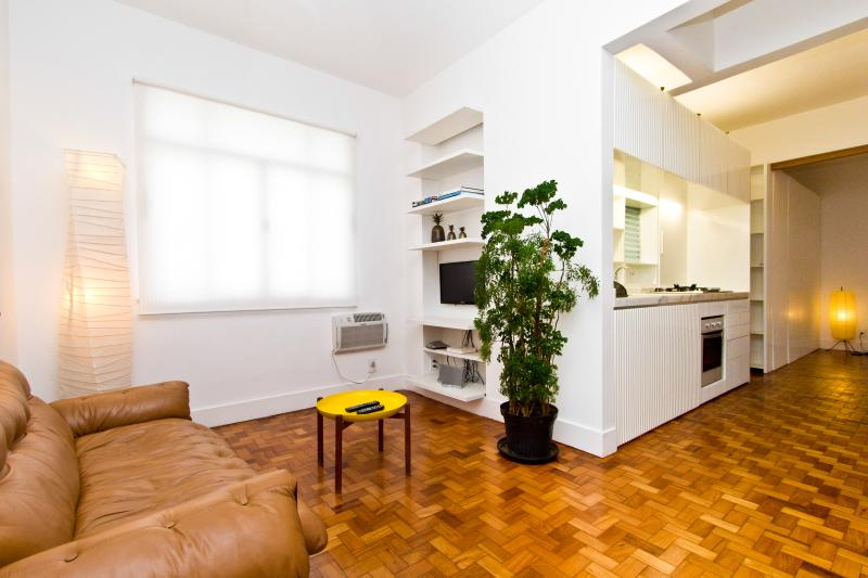 Bright and spacious 2 bedroom apartment - RIO BAY HOUSING - Top Design Apartment Ipanema - Rio de Janeiro - rentals