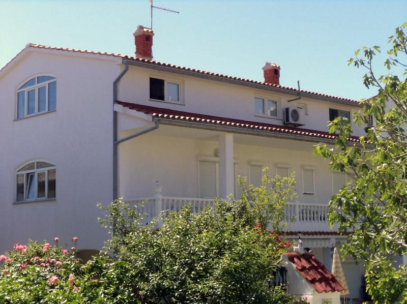 house Perkic -frontal wiev - Apartment  Daisy ( 6+3)  Paradise Island of RAB - Rab - rentals