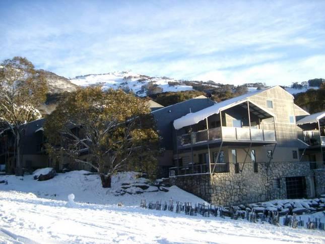 Snowbound Exterior - Snowbound Managed Luxury Accomm, in Thredbo Village - Thredbo Village - rentals