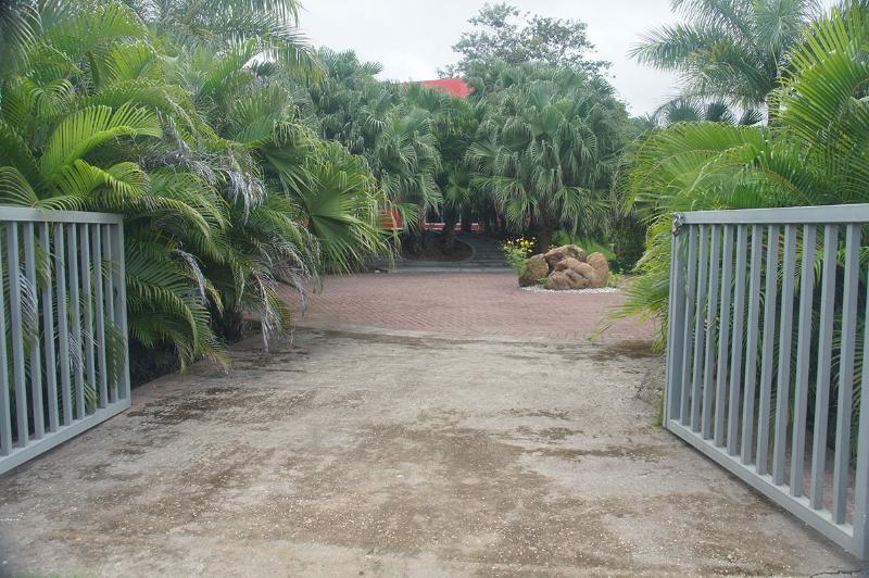 Entrance Gate - Casa La Palmera, your house in Montezuma - Montezuma - rentals