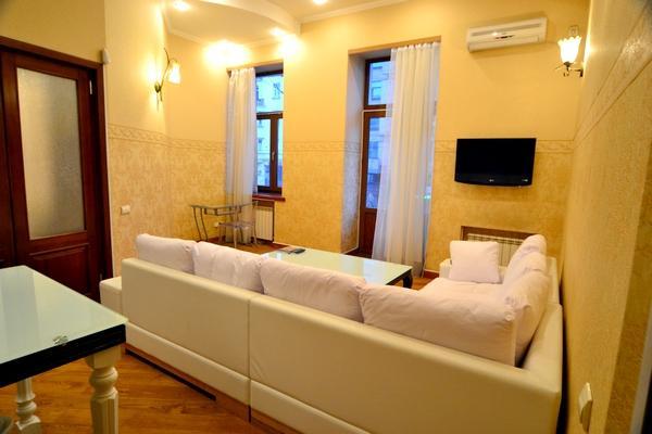 204, 1 Lva Tolstogo, 2-bedr., VIP - Image 1 - Kiev - rentals