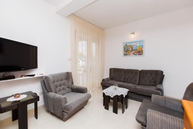 Apartment Merica - 43111-A1 - Image 1 - Okrug Gornji - rentals