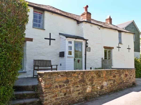 THE OLD COTTAGE, pet-friendly character cottage, woodburner, courtyard, in Trevanson, Wadebridge Ref 26595 - Image 1 - Wadebridge - rentals