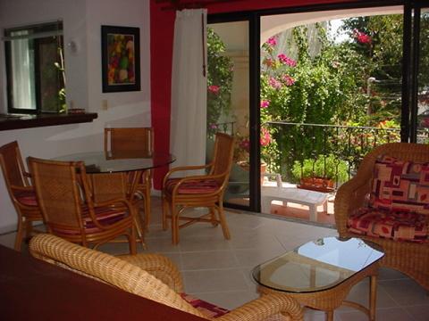 Playa del Carmen, Blancoparaiso Condo 5 - Image 1 - Playa del Carmen - rentals