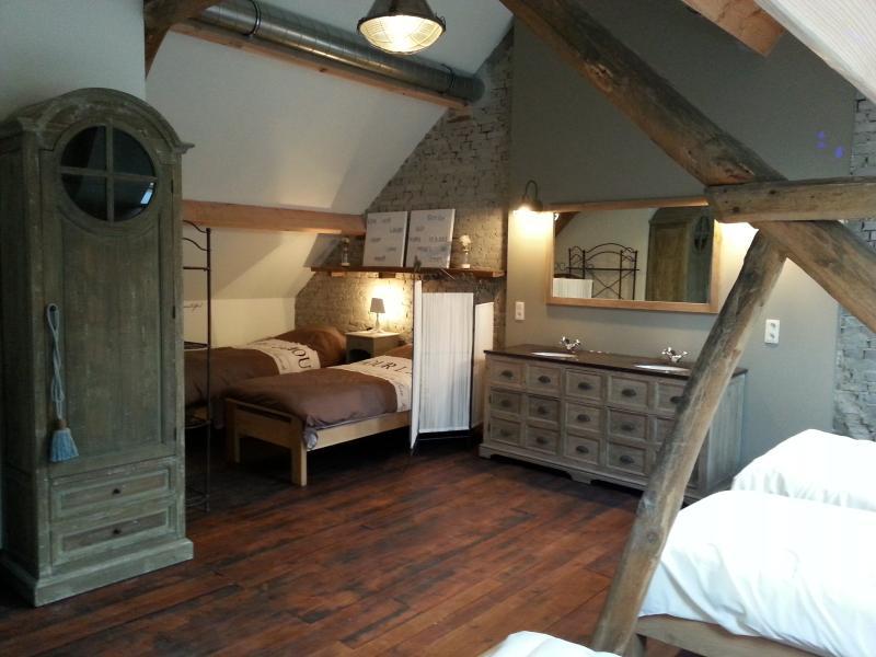 bedroom upstairs - Renovated farm 20p, splendid views, large rooms - Peer - rentals