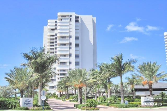 Beautiful updated two bedroom two bath at the popular Royal Seafarer. - Image 1 - Marco Island - rentals