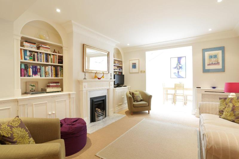 Queensdale Place (an Ivy Lettings home) - Image 1 - London - rentals