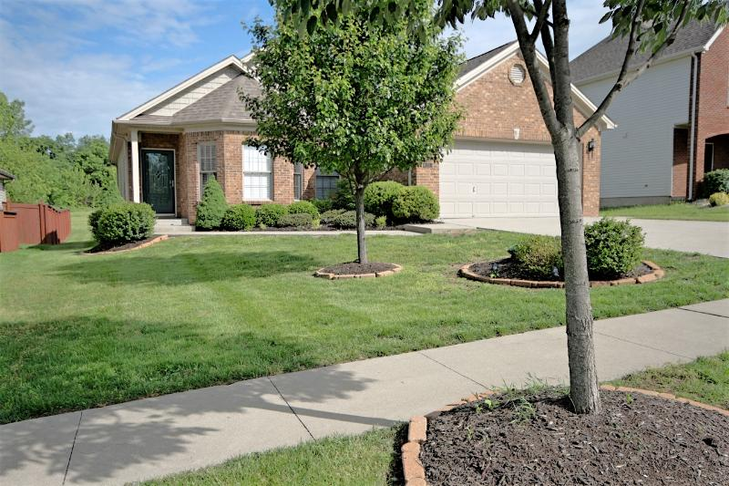 Front view of home. - Minutes from Keeneland, KY Horse Park and Airport - Lexington - rentals