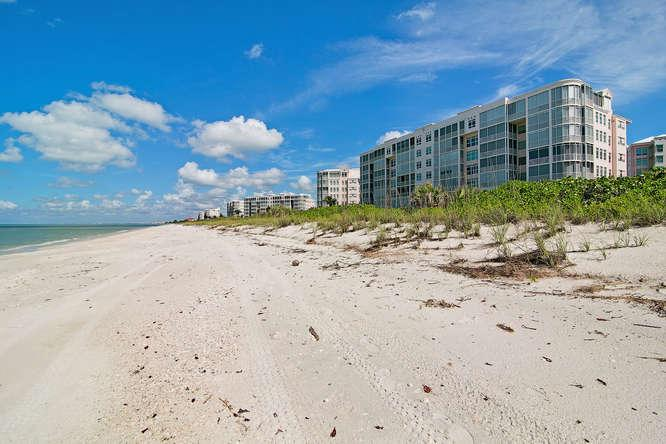 Welcome to Barefoot Beach - Barefoot Beach Club - Bonita Springs - rentals