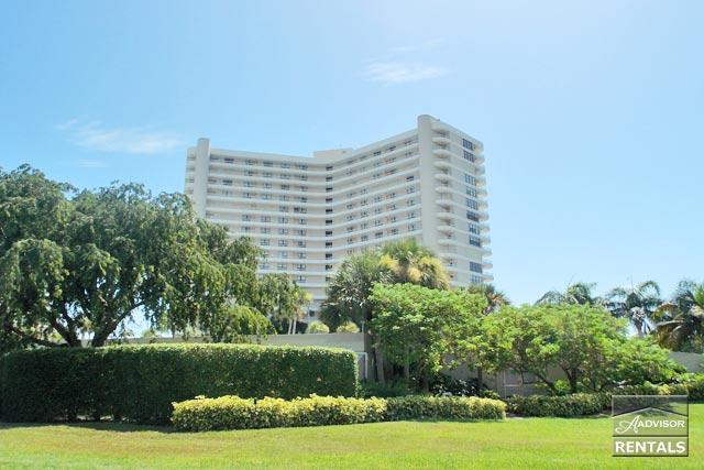 Outstanding views of Crescent Beach from every room in the 2 bed 2 bath condo - Image 1 - Marco Island - rentals