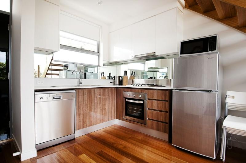 Position Perfect - The Suite - Image 1 - Melbourne - rentals