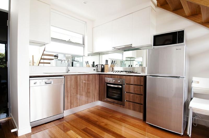 Position Perfect - The Loft Brunswick - Image 1 - Melbourne - rentals