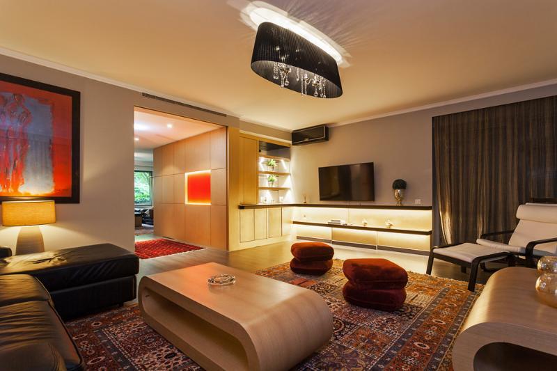 High-end apartment close to the Champs-Elysées - Image 1 - Paris - rentals