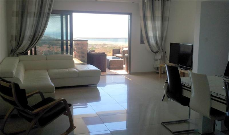 Chic, Strictly Kosher 2 Bedroom Apartment with Sea View, Ir Yamim - EM03 - Image 1 - Netanya - rentals