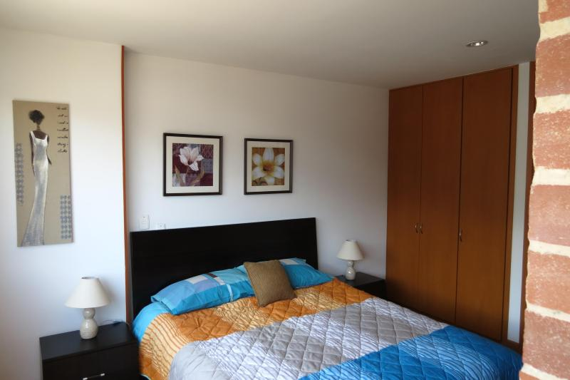 Double size bed - Loft in business centre, great view - Colombia - rentals