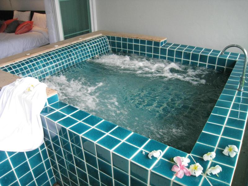 Slip into the jacuzzi on your private terrace - Cool 1-Bed Apart, Just Steps from Pool, Beachfront - Cape Panwa - rentals