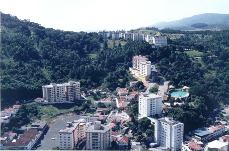 view of the building - B&B -be a guest in a family house in Serra Negra,SP,Brazil - Serra Negra - rentals