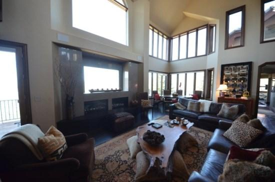 Enjoy a soaring cathedral ceiling, dual fireplaces, and a wall of windows - Contemporary 5BR Bedroom Home in Cordillera, sleeps 10 - Edwards - rentals