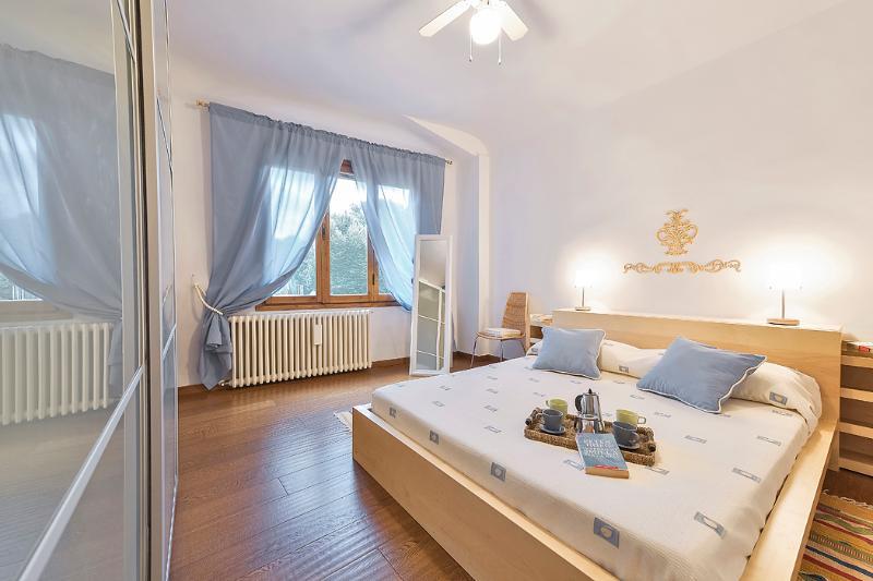 Teodoro - Windows on Italy - Image 1 - Florence - rentals
