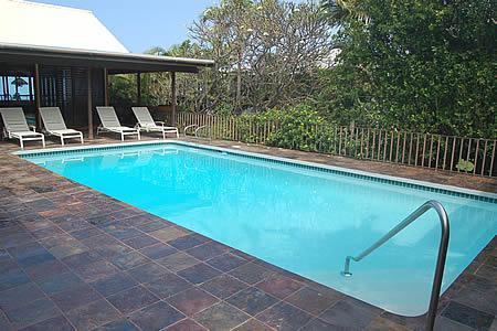 Quiet and private pool  area with hillside, landscape & fence that gives you privacy - Hibiscus Pool Home- Awesome Sunset Views - Kailua-Kona - rentals