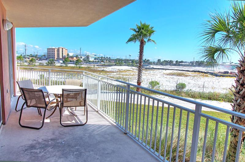 Waterscape 131-A-AVAIL 7/3-7/8! 2BR/2.5 BA -Exterior Patio-Okaloosa-Book Online! - Image 1 - Fort Walton Beach - rentals