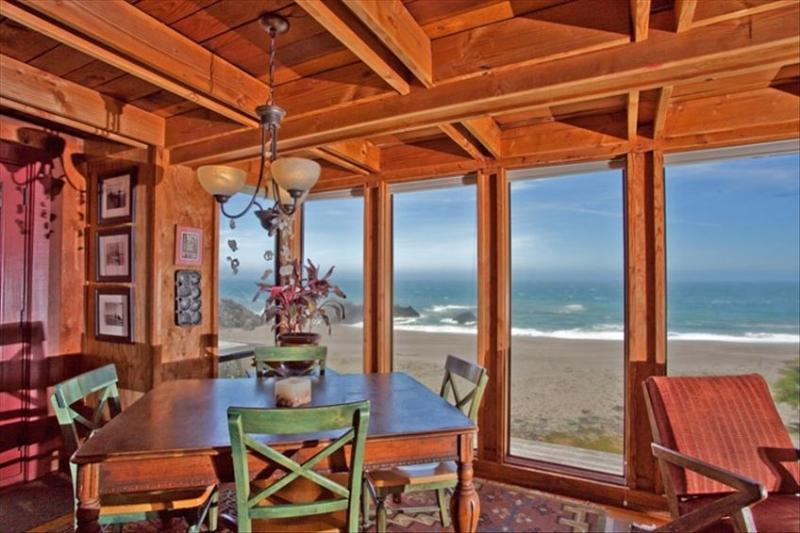 Spectacular Views in an Historic Neighborhood - Image 1 - Bodega Bay - rentals