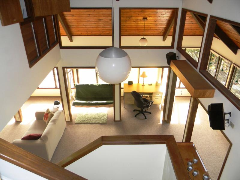 Parcial view of the Livingroom - PRIVATE GUEST HOUSE NEAR THE VOLCANO - Keaau - rentals