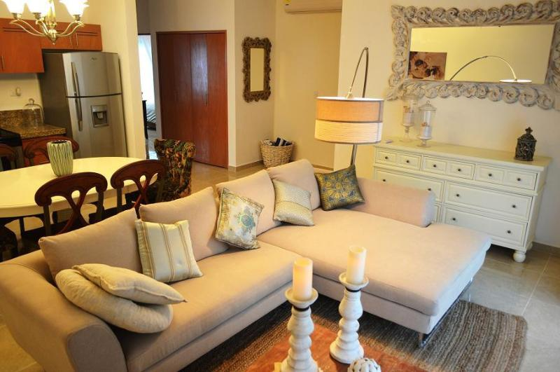 LIVING ROOM - Luxury Two Bedroom Apartment Near The Beach Of Tulum - Tulum - rentals