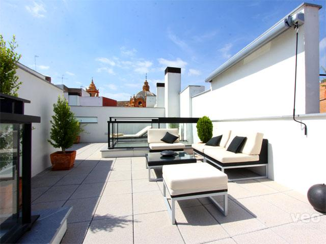 This one bedroom apartment features a large private terrace. - Corral del Rey Terrace 2. 1-bedroom, large terrace - Seville - rentals