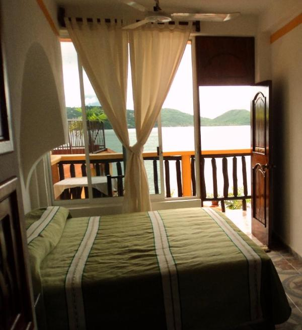 a room with a view - a room with a view - Zihuatanejo - rentals