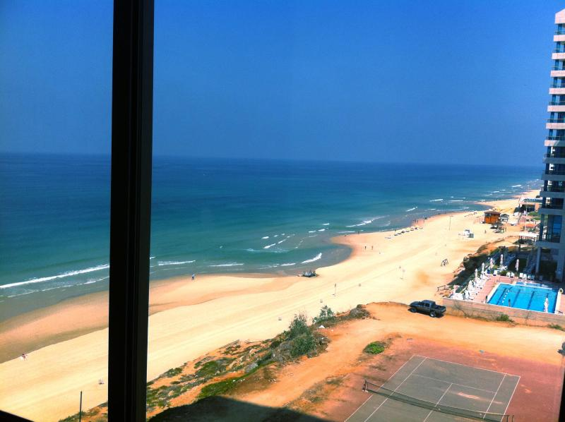 the view from the room - Amazing beach Apt at daniel hotel herzlia pituch - Herzlia - rentals
