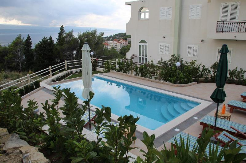 Luxury Apartment with swimming pool - A3 - Image 1 - Klek - rentals