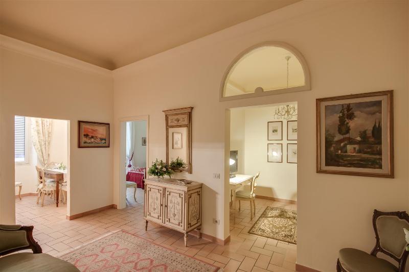 Prestigious apartment in S. Maria Novella square (WIFI) - Image 1 - Florence - rentals