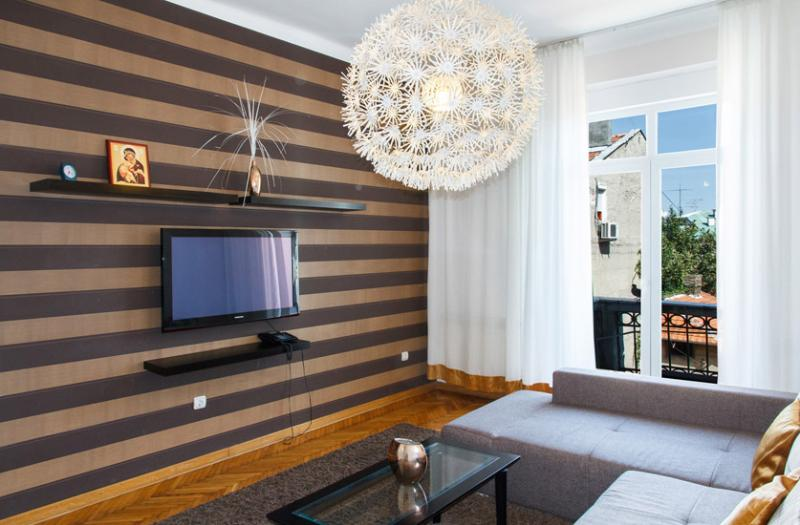 Spacious living room/bedroom with french balcony - 3 Bedroom Apartment for 7 people @ SKADARLIJA! - Belgrade - rentals