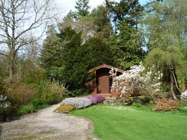 GRASMERE ground floor lodge, romantic retreat, in National Park in Greenodd Ref 30272 - Image 1 - Greenodd - rentals