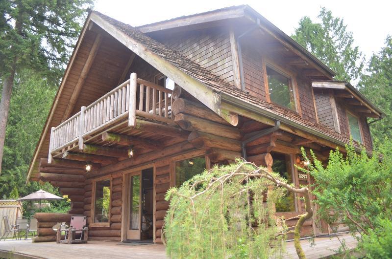 Log Cabin - Enjoy Log cabin and the North West! - Redmond - rentals