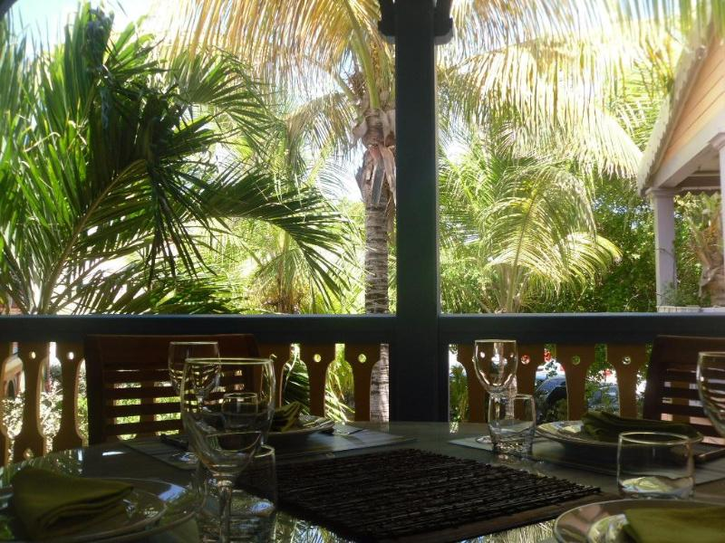 Terrace - Salt Paradise - mezzanine - 30 meters of the beach - Orient Bay - rentals