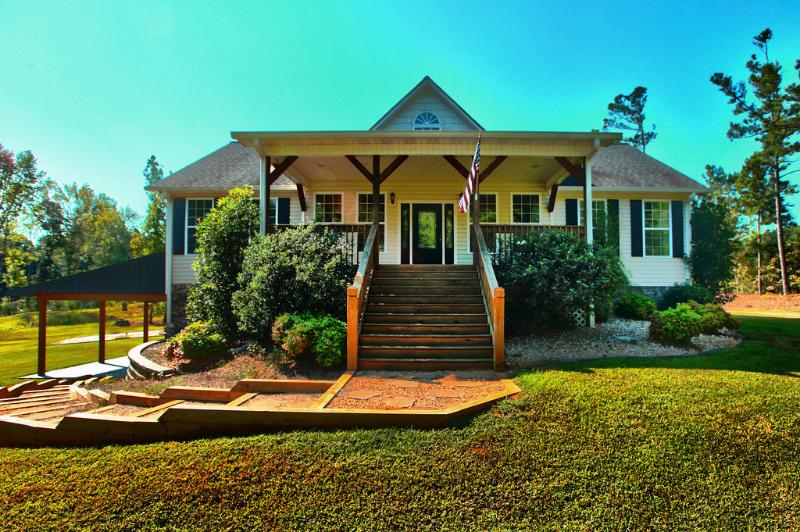 Front of the house - THE PERFECT ATLANTA GUESTHOUSE RENTAL - Atlanta - rentals