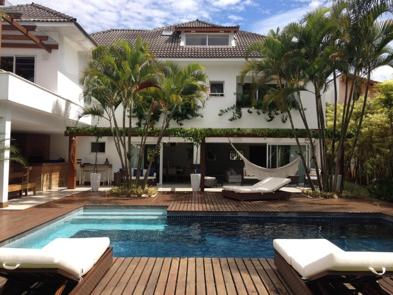 Leisure Area: heated pool with deck - Luxury Villa for 12 for Rio 2016 Olympic Games - Rio de Janeiro - rentals