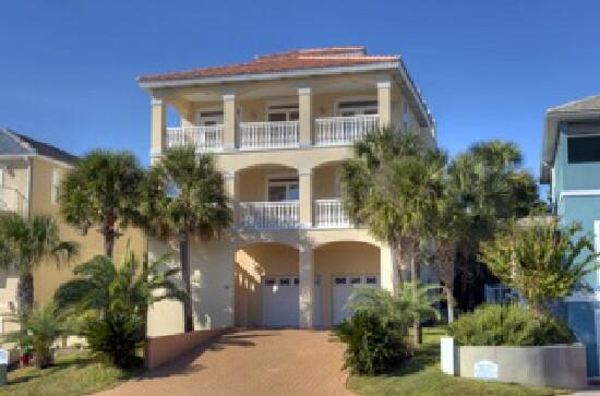 Spacious Floor Plan, Large Bedrooms & Huge Balcony with Panoramic View - Image 1 - Destin - rentals