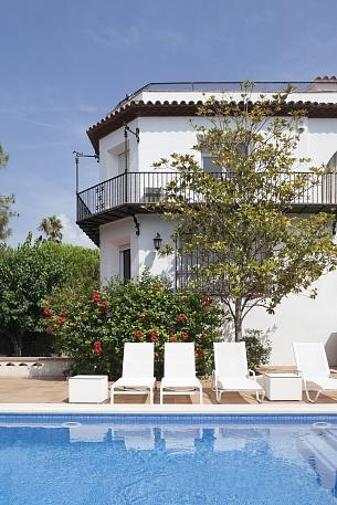 Luxury villa on the first line - Image 1 - Sitges - rentals