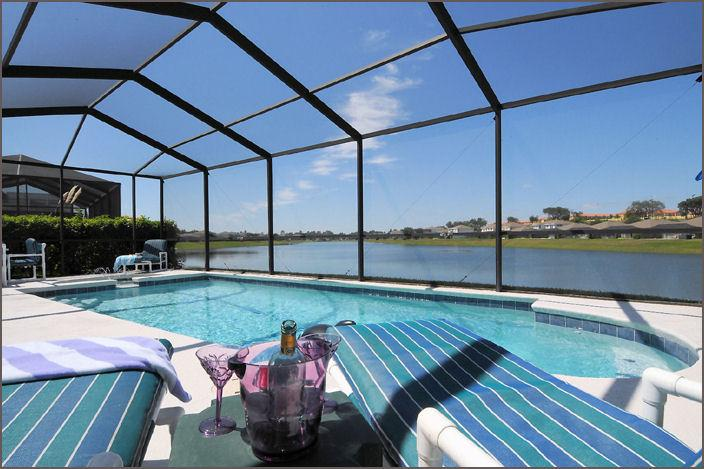 Lakeside Luxury - Wow! 5 Bed Lakeside, 4 Miles 2 Disney with Hot Tub - Kissimmee - rentals
