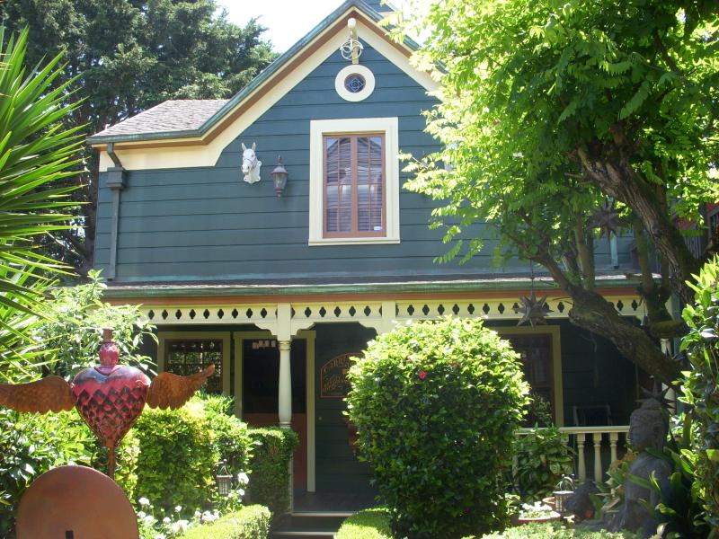 ROMANTIC AND HISTORIC CARRIAGE HOUSE - San Francisco Historic Carriage House - San Francisco - rentals