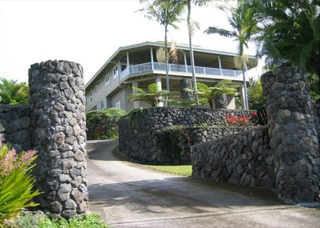 Ono Hale: Gorgeous Home with pool $229 nightly special all of June-September - Image 1 - Kailua-Kona - rentals