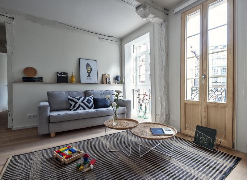 El Pisitö - Bed & Pintxos - Image 1 - Bilbao - rentals