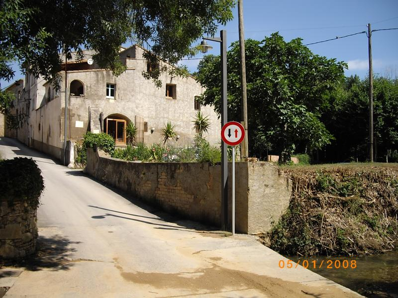 Can Raverder - Rustic, charming Catalan Farmhouse in a beautiful setting beside a river. - Rustic XV11 Catalan Farmhouse near Figueres. - Girona - rentals
