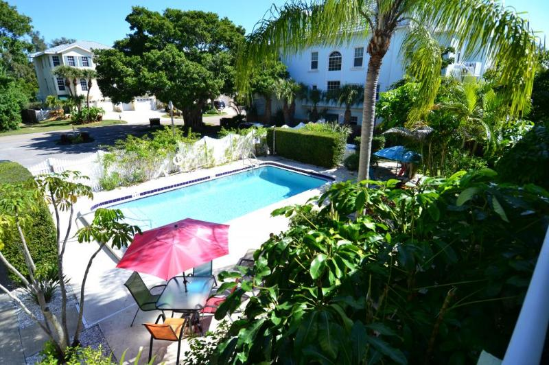 Gertrude Twin Banyan - Pool, Beach, Village - Image 1 - Siesta Key - rentals