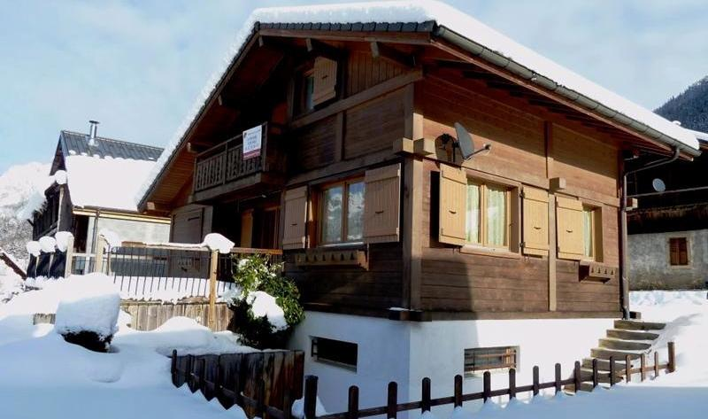 Ski Chalet Morzine Area sleeping 6-8 close to lift - Image 1 - Le Biot - rentals