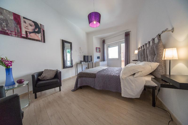 Violet, quiet and fully serviced in Vatican - Image 1 - Rome - rentals