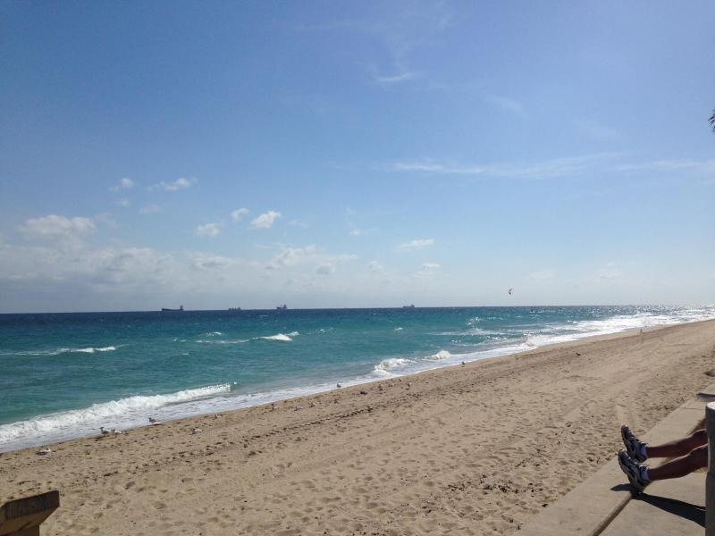 Beach Front - Ft Lauder Beach Retreat. ( 2 Units Available) - Fort Lauderdale - rentals
